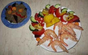 Shrimps with aubergine salad